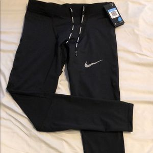 Brand new Nike performance leggings